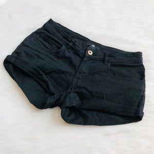 H&M black jean shorts - 32/ US 2